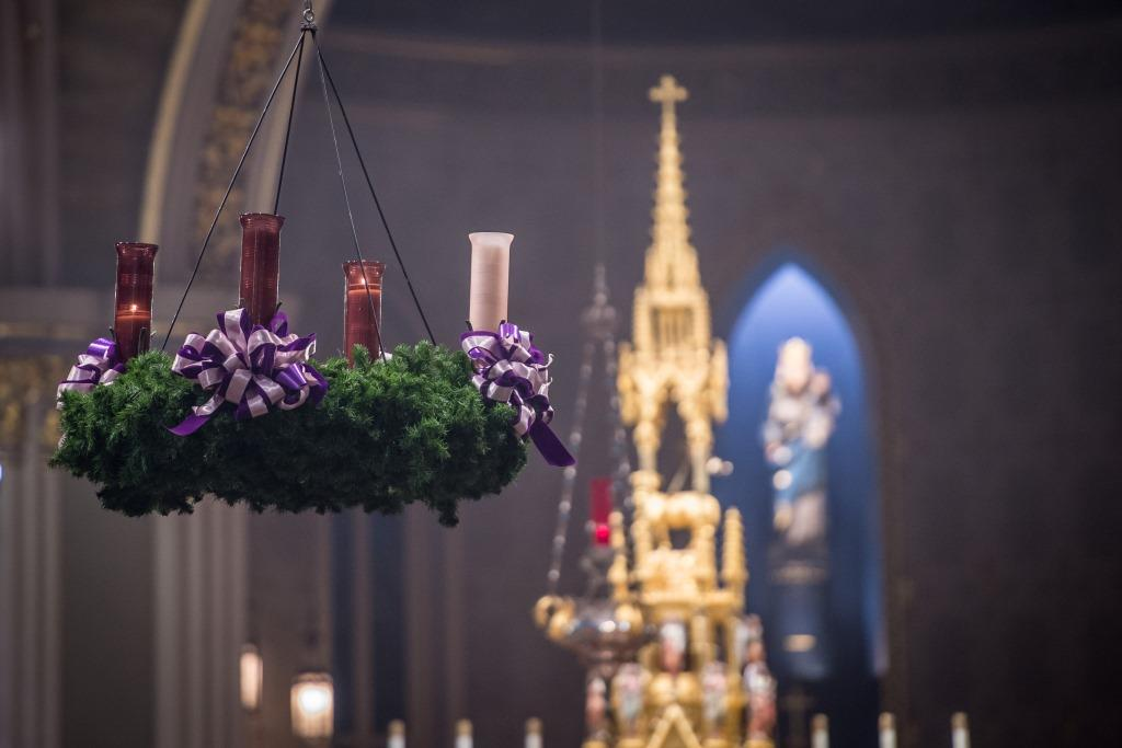 Dec. 6, 2015; Advent Lessons and Carols in the Basilica of the Sacred Heart. (Photo by Matt Cashore/University of Notre Dame)