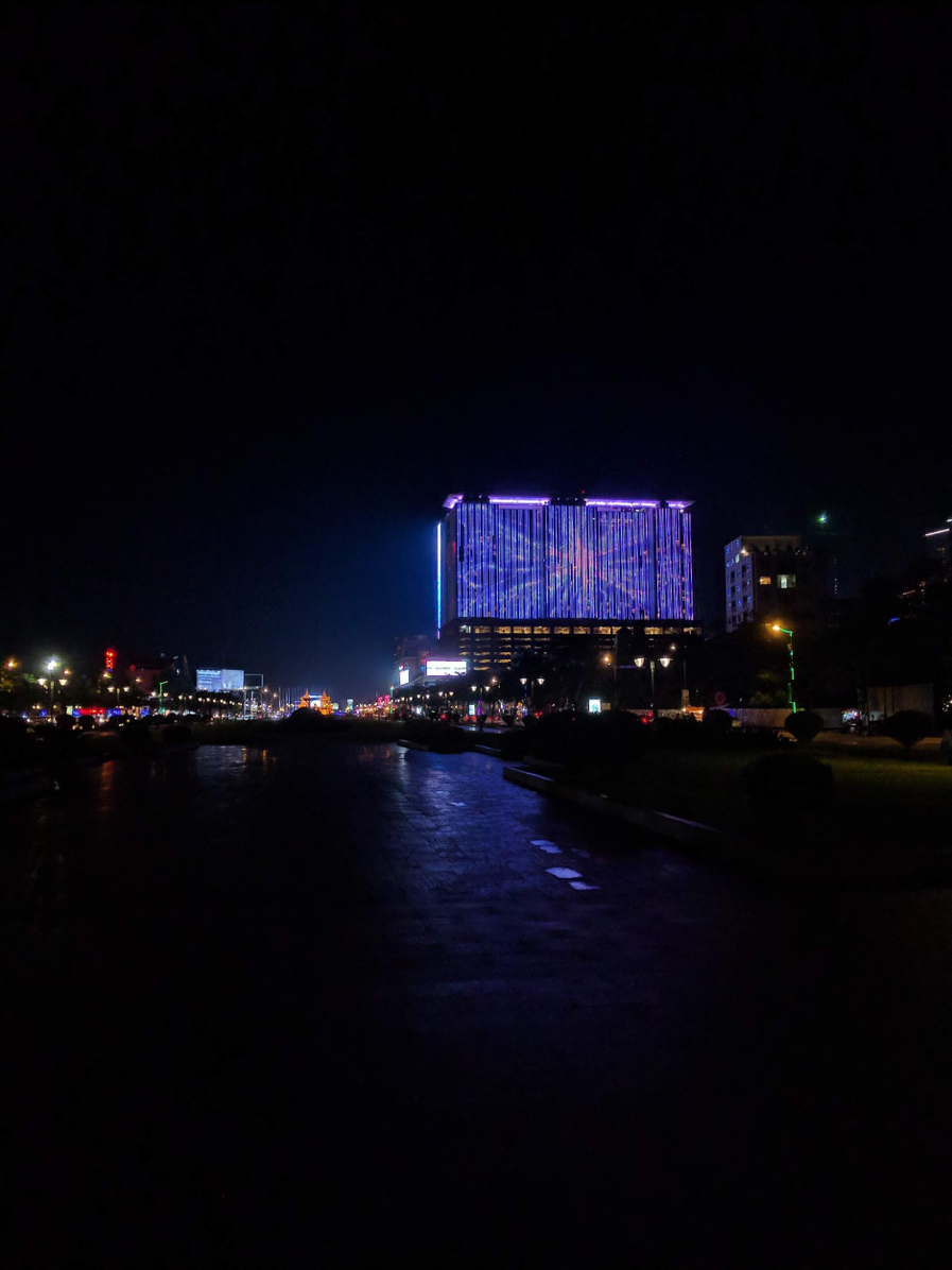 The city of Phnom Penh at night.