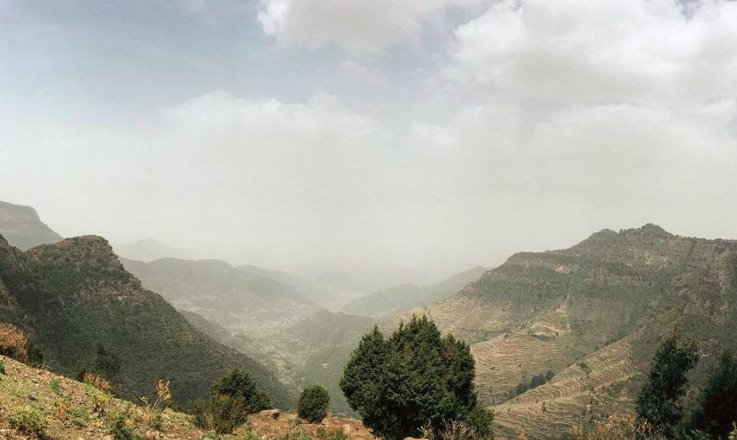 View from the road between Mek'ele and Maychew in the northern region of Tigray. We visited a hospital in Maychew where SS2020 is active. ​