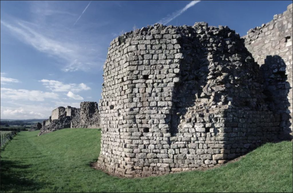 This image has an empty alt attribute; its file name is ruins-of-the-roman-walls-of-venta-silurum-caerwent-wales-united-kingdom-roman-civilization-1st-6th-century-1-1024x676.jpg
