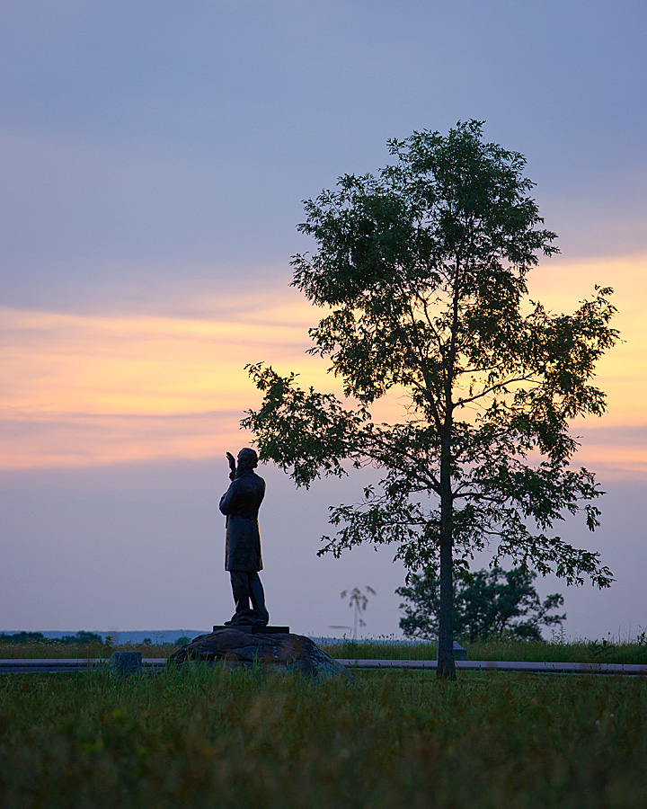 The sun sets over the Gettysburg National Military Park.