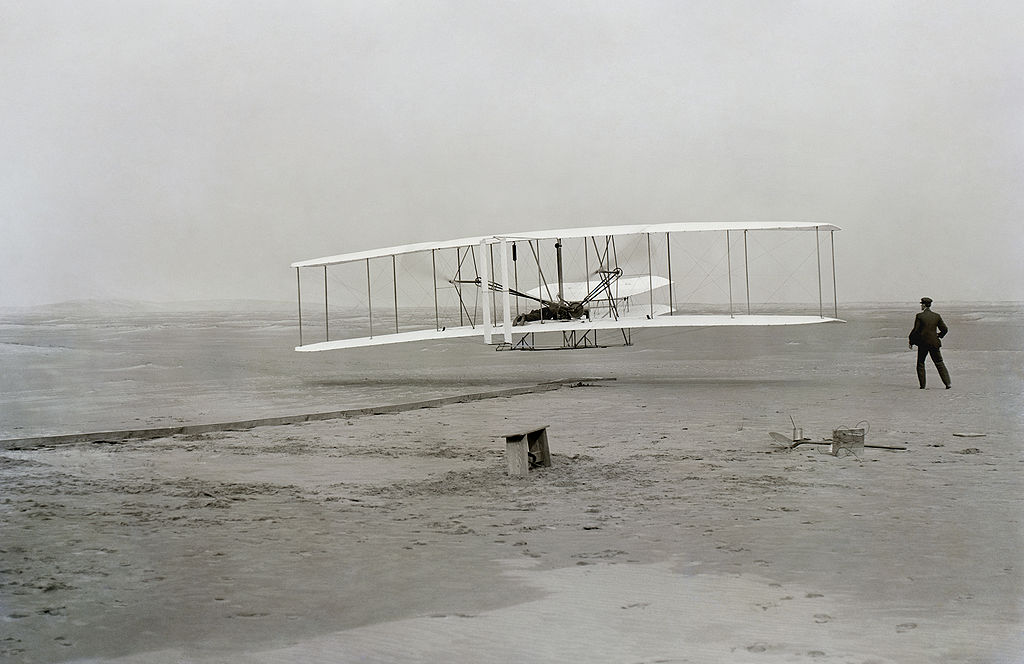 First flight photo from Library of Congress
