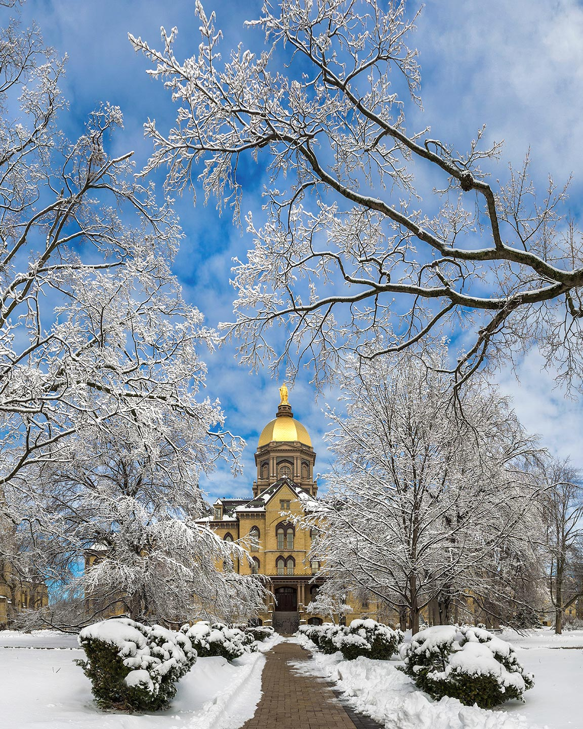 Mar. 12, 2014; Main Building after a snowfall. Photo by Matt Cashore/University of Notre Dame