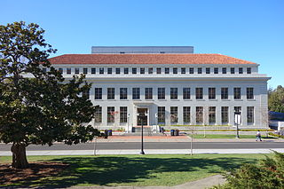 Bancroft_Library_-_University_of_California,_Berkeley_-_DSC04902