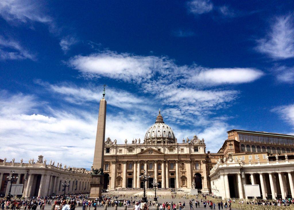 The beautiful piazza and Basilica di San Pietro in Vatican