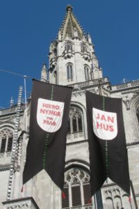 Banners commemorating the Hieronymus von Prag and Jan Hus in front of the Münster in Constance.